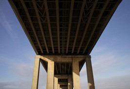 M60 motorway viaduct over the Manchester Ship Canal, Eccles