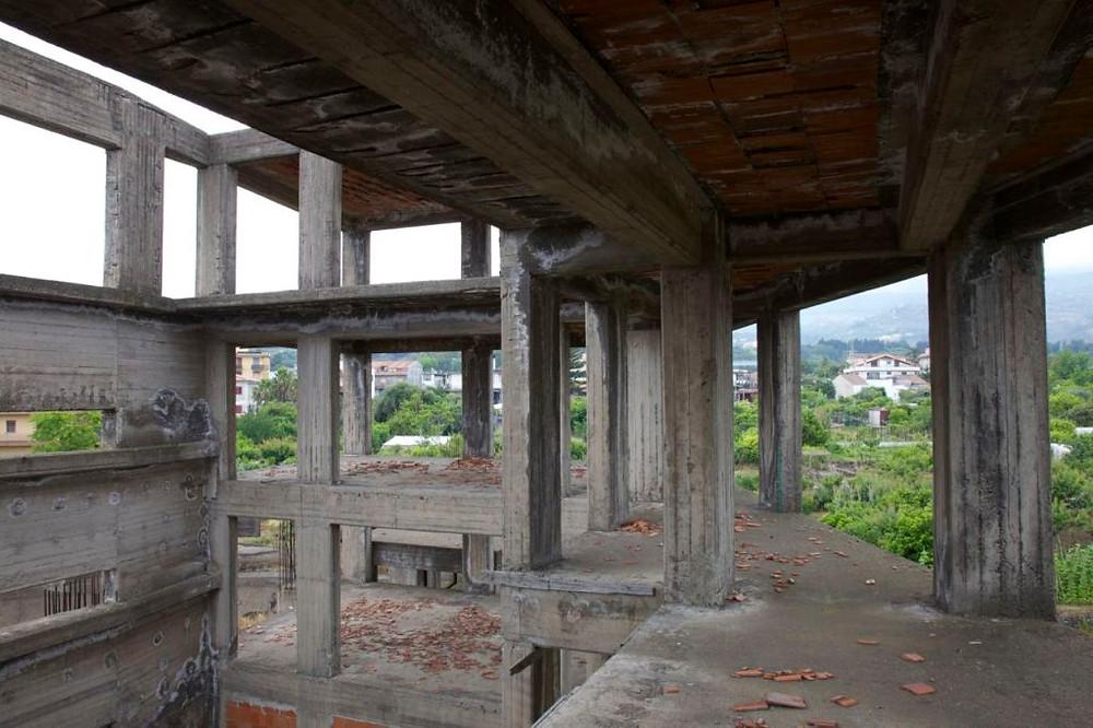 Multi-functional Hall, Trepunto