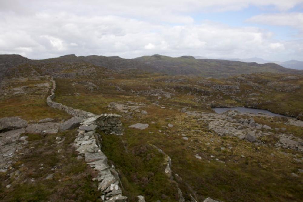 Wall on the ridge from Clip to Rhinog Fawr