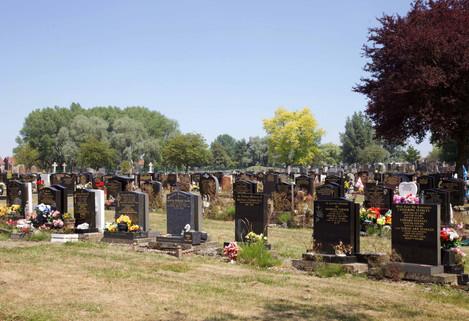 Droyslden Cemetery, Manor Road, Droylsden
