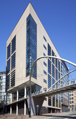 Wilkinson Eyre bridge, Piccadilly Place, London Road