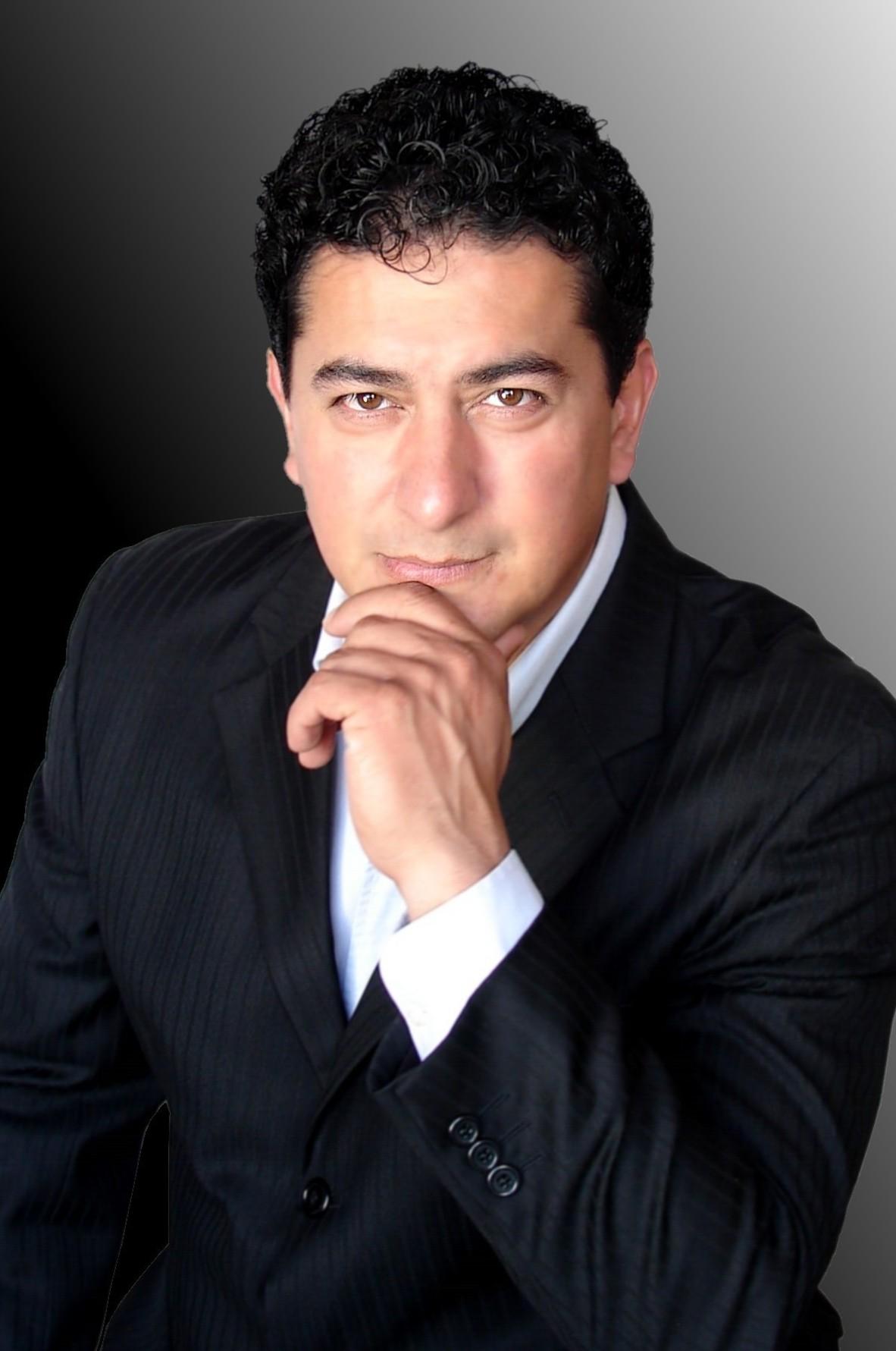 Carlos Sánchez 4