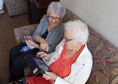 seniors-using-ipad.jpg