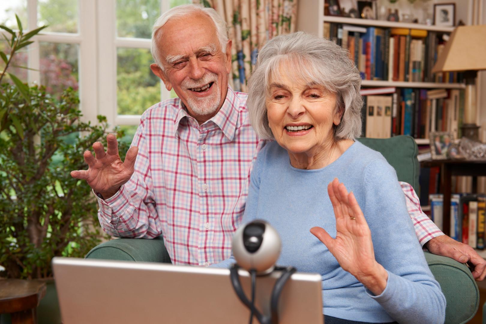seniors.video.chat.jpg