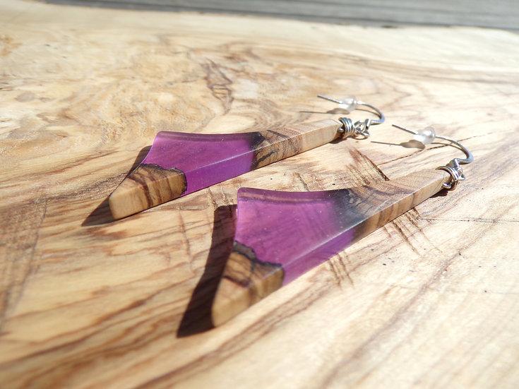 boucles d'oreilles en bois d'olivier et résine violette