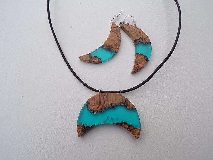 Ensemble Boucles d'oreilles longues et pendentif en bois d'olivier et résine