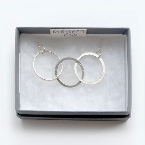 Three connecting silver circles with silver chain Necklace