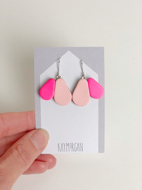 Scallop Earrings - Hot Pink/Pink