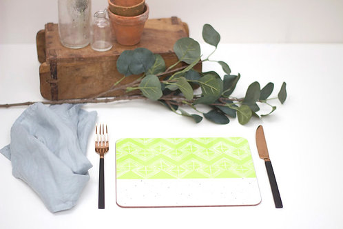 Sgraffito Lime Leaf Placemat