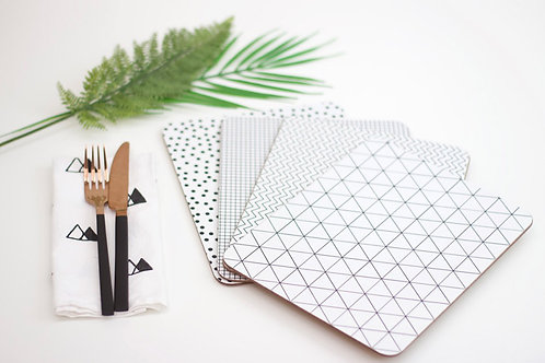 Set of Momochrome Placemat