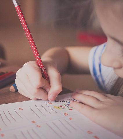 blur-child-classroom-256468_edited_edite