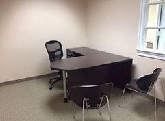 D shape desks with return