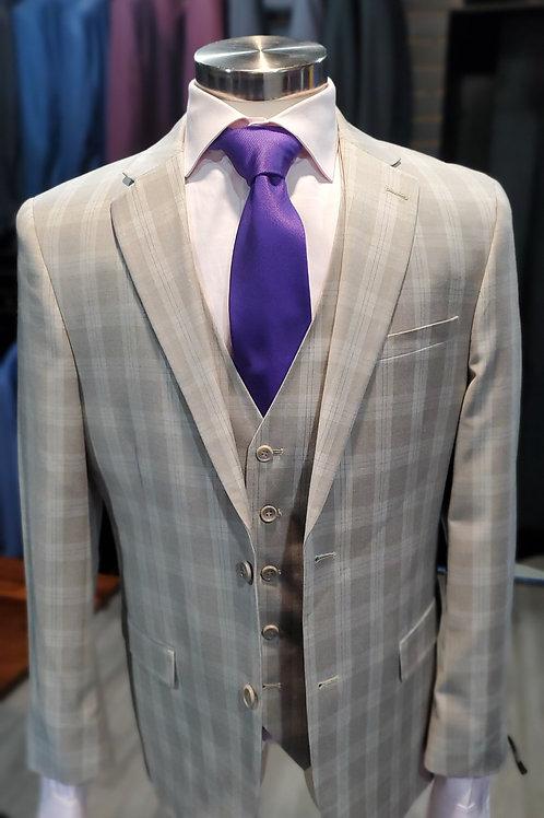 Plaid 3 piece suit
