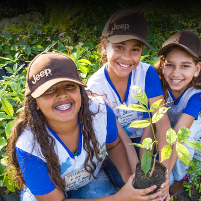 Projeto Biodiversidade da JEEP atrelado ao Programa de Educação Ambiental com Escolas do Município de Goiana/PE: Fonte: www.jeep.com.br/sustentabilidade