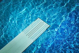 water-blue-summer-swimming-pool-92070.jp