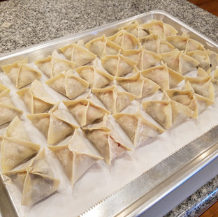 Repeat the process until all of your wontons have been filled.