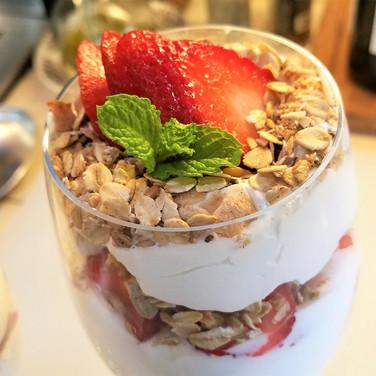 Strawberry Granola Whipped Cream Parfait