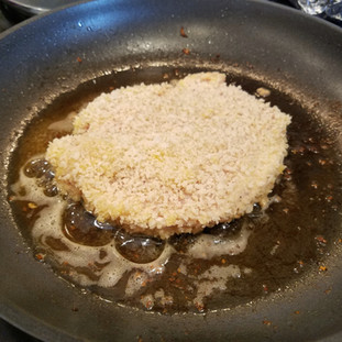 Add the next cutlet and repeat the process until all of the cutlets have been fried. If you have a big enough pan you can fry 2 at a time.