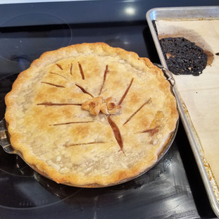 Glad I had a pan beneath this pie to save my oven from getting too messy!