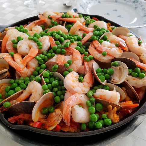 Paella with Friends