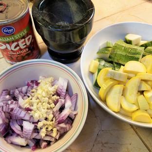 Prepare the onion, garlic, summer squash and Italian seasoning