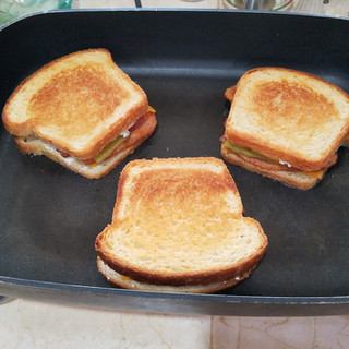 Grill the sandwiches until they are just turning golden brown.