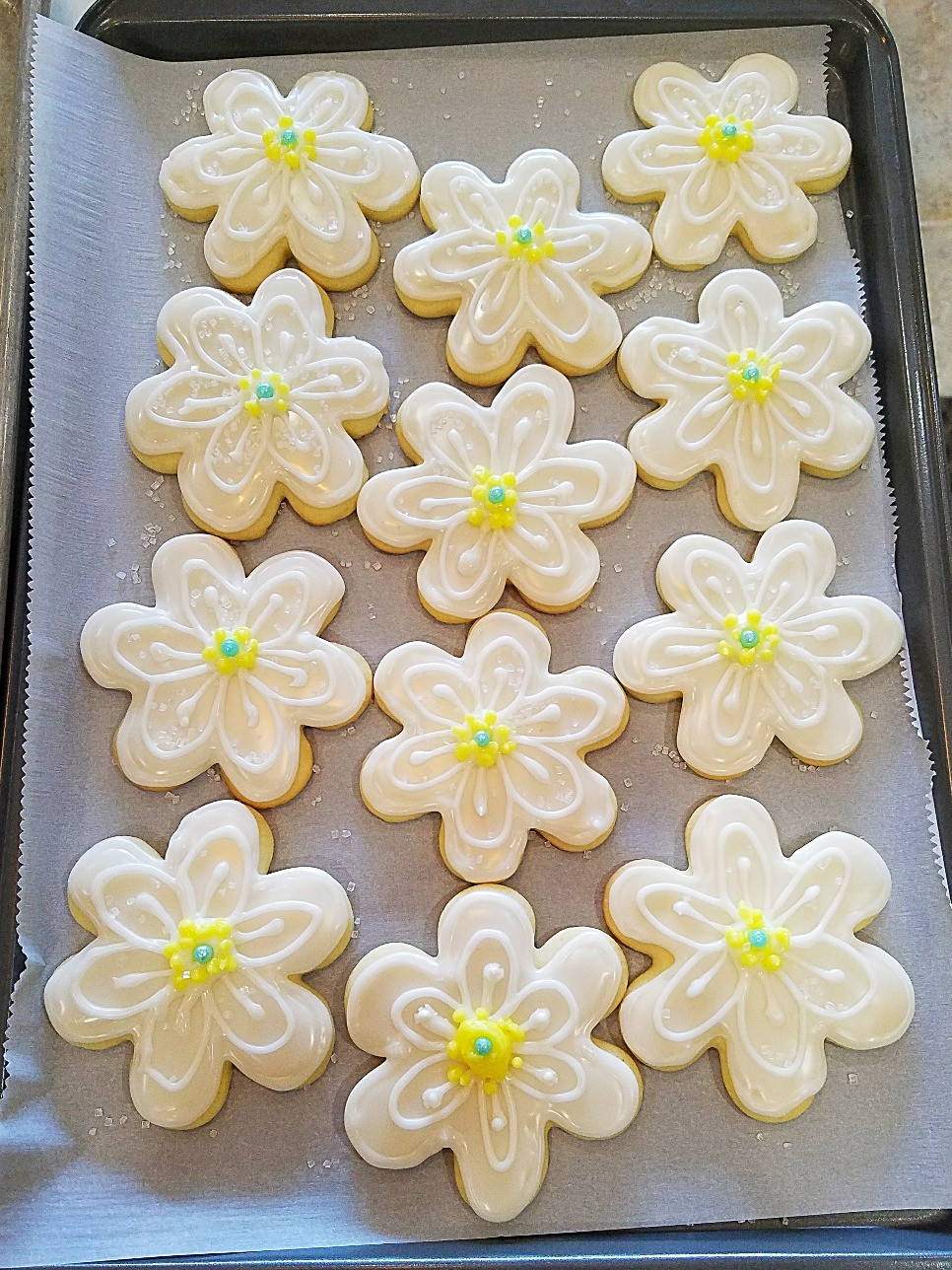 Spring Daisy Sugar Cookies