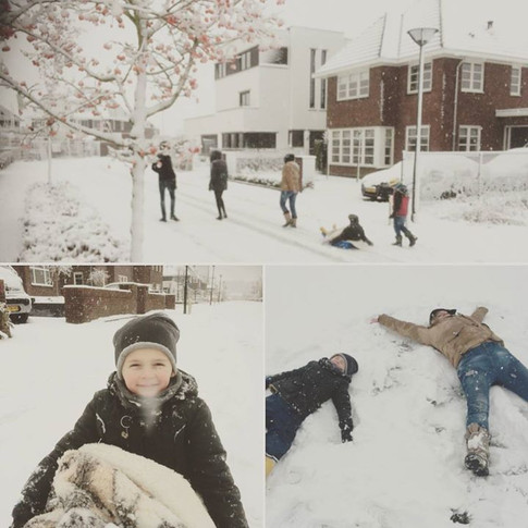 #winterwonderland ❄ #snowangels #havingfun ! #snow #familylove #advent