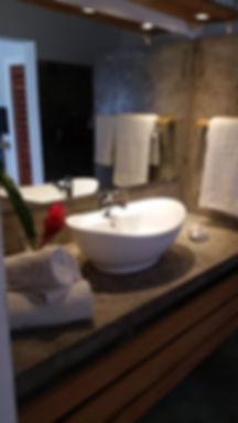 detalle baño delux romantica.jpg