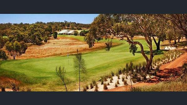 Tanunda Pines Golf Club, Rowland Flat.jp
