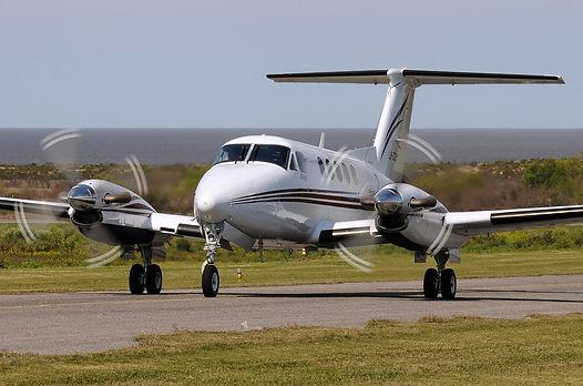 raytheon-beechcraft-king-air-200-06.jpg