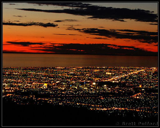 Adelaide at night from Windy Point.jpg