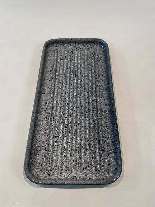 Wave Oblong Platter 32cm, Black Foam.