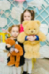 """Закажите детский праздник для вашего ребенка  в волшебном детском пространстве """"Грядки-Прядки"""" в Москве, под ключ с профессиональными актерами, воздушными шарами,  играми и очень вкусным тортом!"""