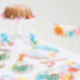 В «Грядках-Прятках» можно отпраздновать день рождения ребенка. Студия поможет в организации продуманного до мелочей праздника: разработает идею и напишет сценарий, подготовит меню и декор, развлечения для детей и родителей. Двух лет стабильной работы оказалось достаточно для того, чтобы заработать идеальную репутацию и известность.