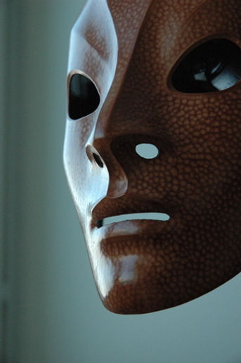 Neutral mask by Sartori.jpg