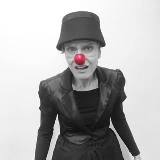 10_MetaWORKSHOP_HolyClown_Sissi_clown_te