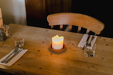 table-country-pub-Bristol.jpg