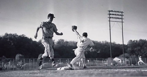 reverchon_vought_ballgame_50s dallas_his