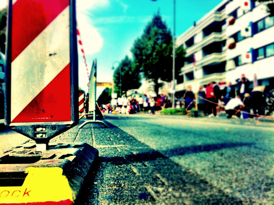 Verkehrssicherung, Absperrung, Strassens