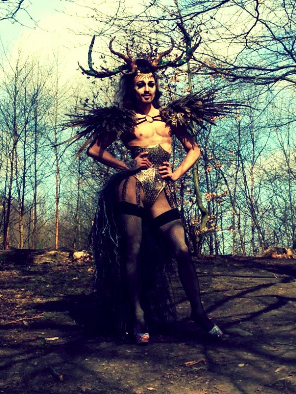 Musikvideo 'Red Stilettos' - 2015