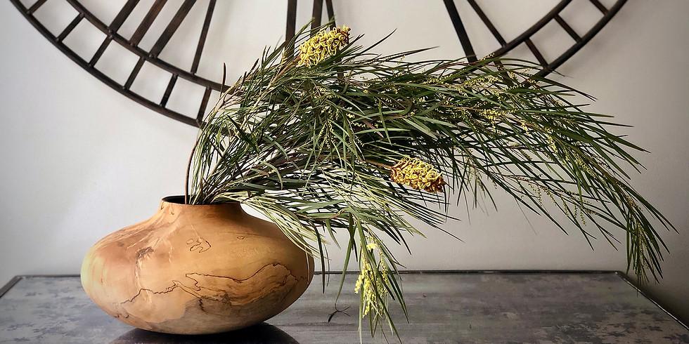 佐古馨木の器と春の花I