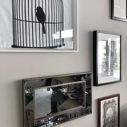 簡単模様替え。お店の鏡を縦から横にしただけでちょっぴり雰囲気が変わりました。#春
