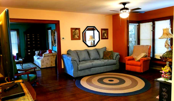 Family Room with Pull-Out Couch