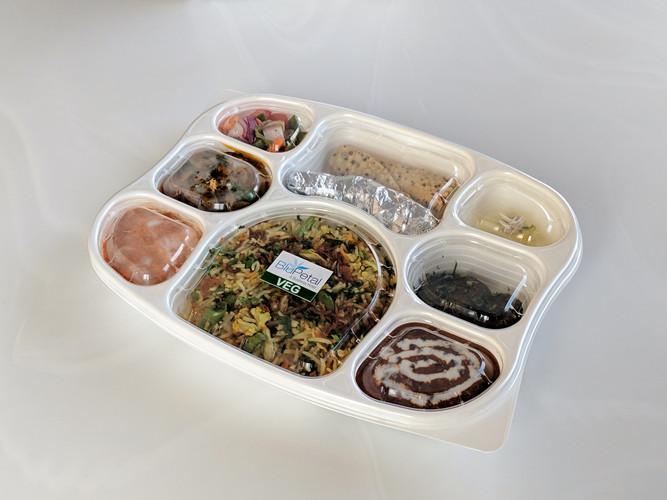 8 Compartment box