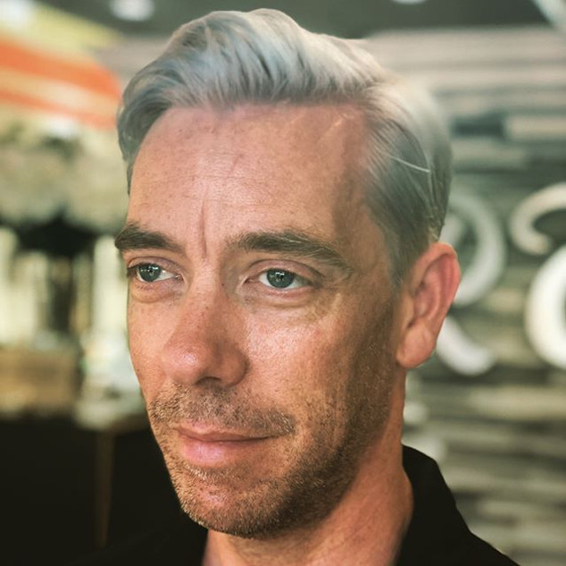 RT7's Hugh Laurie look-alike:) isn't he