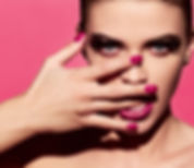 Bright Manicure og læbestift