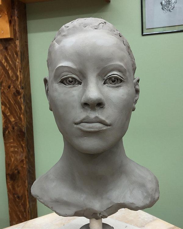 sculpture-emmanuel-de-la-cruz.jpg
