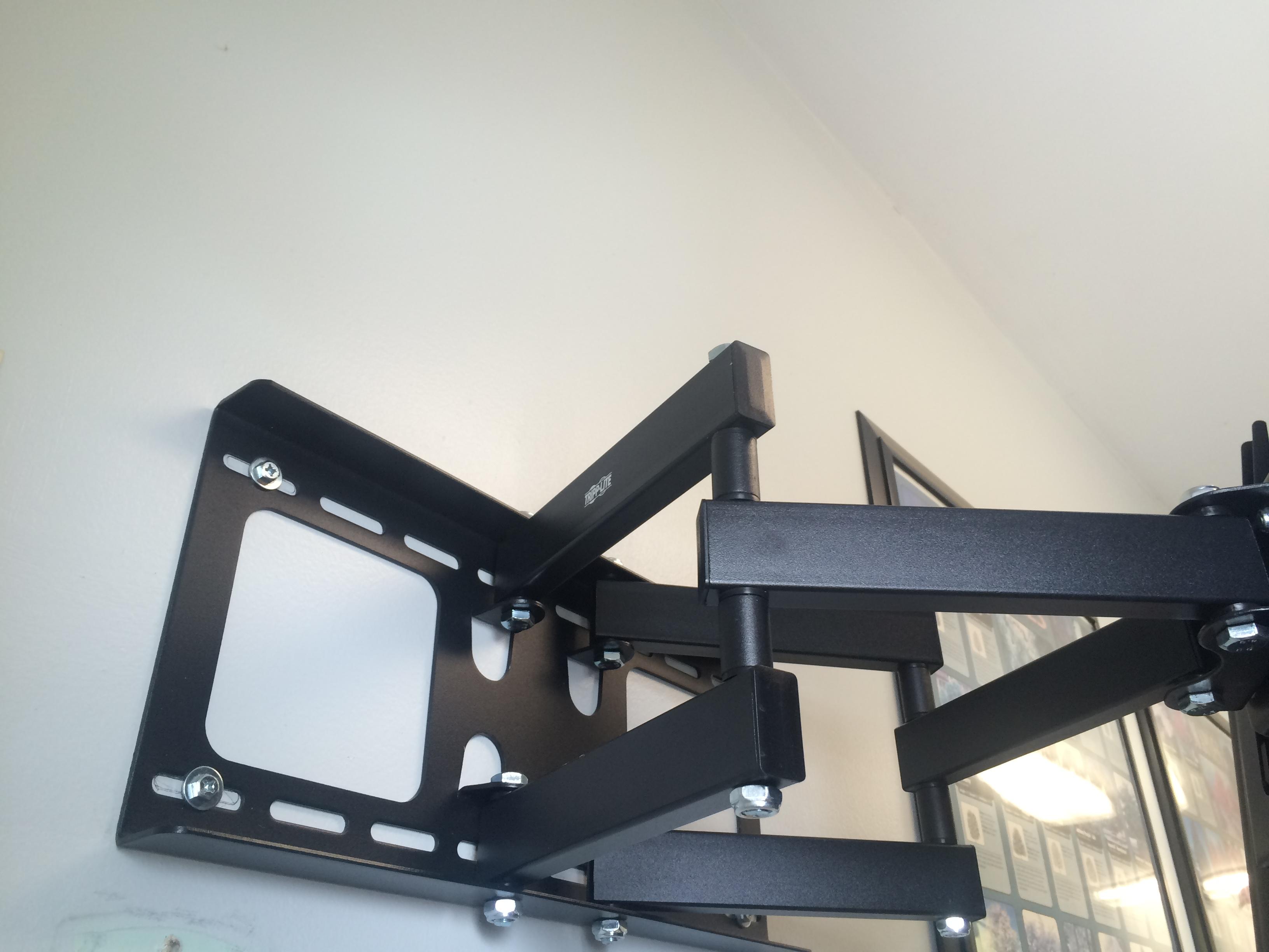 LCD/TV Screen Mounting