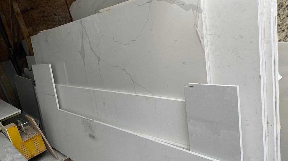 BY003 3CM Marble Quartz Deal, Installed